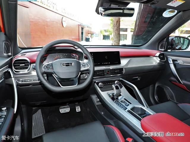 88万元      动力方面,新车搭载了吉利和沃尔沃联合研发的1.