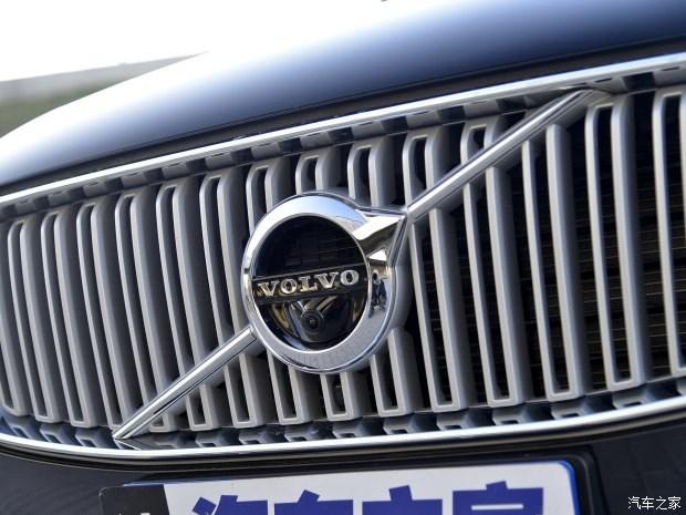 沃尔沃(进口) 沃尔沃XC90 2016款 E驱混动 2.0T T8 智尊版 7座